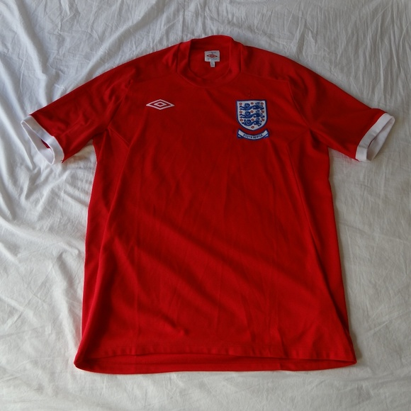 6ab5e1d8a24 England men soccer jersey red size 42 XL World Cup.  M_5b034bf62c705dfae48323ae